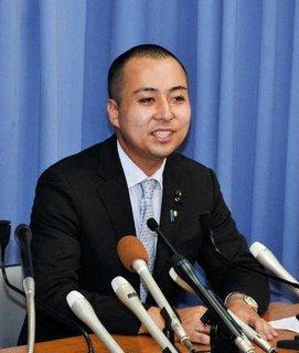 140824_山本景(14日記者会見).jpg