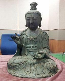 141125_金銅観世音菩薩坐像.jpg