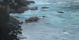 141218_座礁した中国漁船.jpg