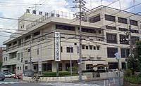 150322_大阪・八尾 27歳父親・3歳長男を蹴り骨折させる.jpg